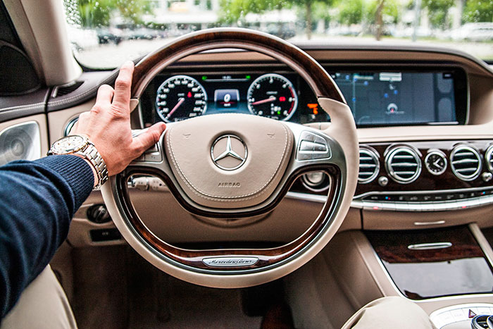 Conductor profesional Mercedes