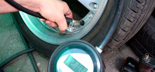 Inflar ruedas coche