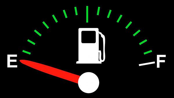 No circular en reserva de gasolina