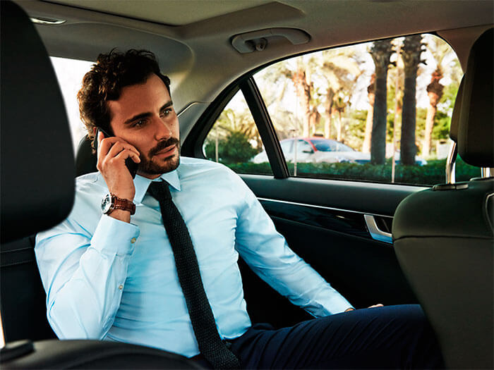 Alquiler coche con chófer profesional