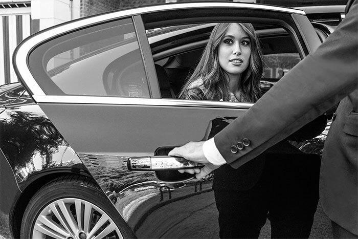 Alquiler coche con conductor