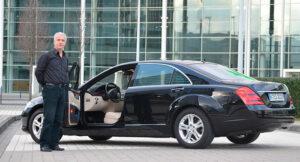 Alquiler coche de lujo con chofer en barcelona