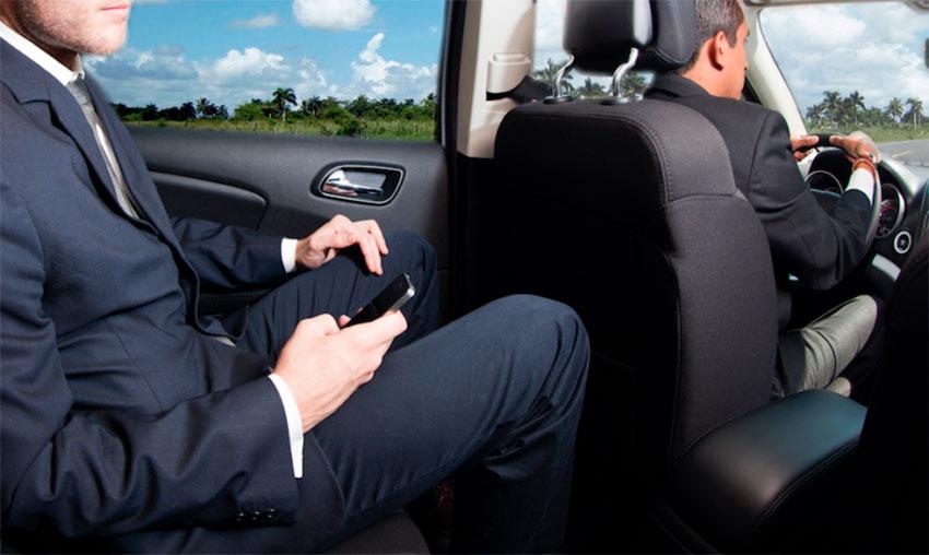 chófer para transfer privados de empresas
